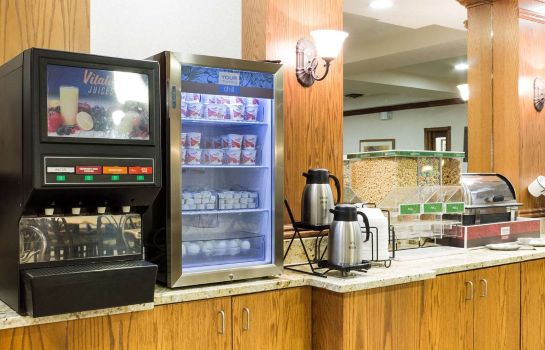 Restaurant Comfort Inn & Suites near Black Hills Parks and Forests
