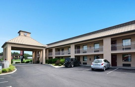 Vista exterior Econo Lodge Inn & Suites East