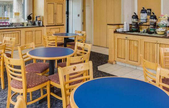Restaurant Quality Inn Norfolk Naval Base