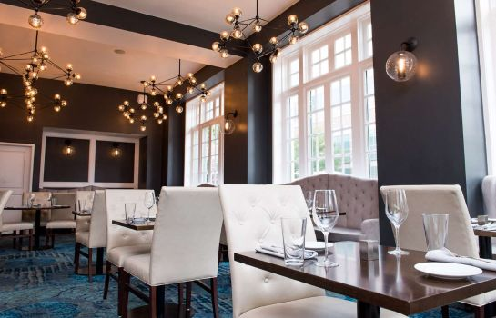 Restaurante Redmont Hotel Birmingham Curio Collection by Hilton