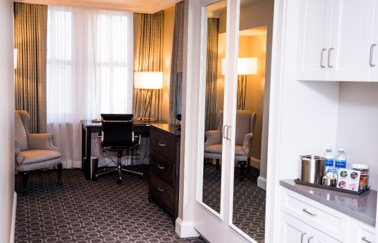 Suite Redmont Hotel Birmingham Curio Collection by Hilton