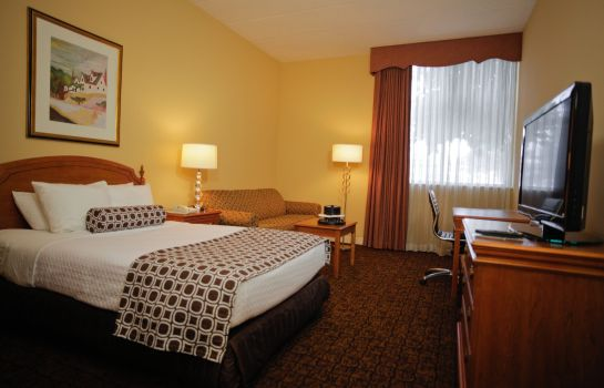 Zimmer Crowne Plaza MADISON