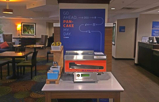 Restaurante Holiday Inn Express & Suites DANBURY - I-84