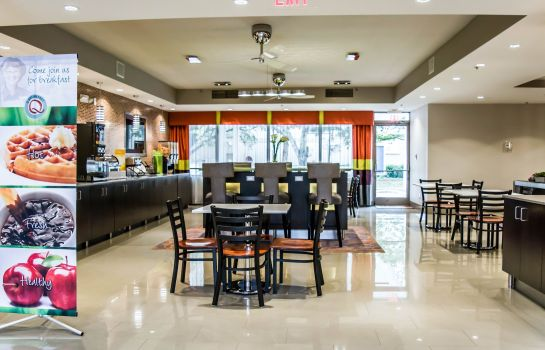 Restaurant Quality Suites Fort Myers - I-75