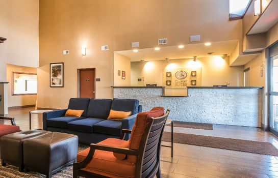 Lobby Comfort Suites North