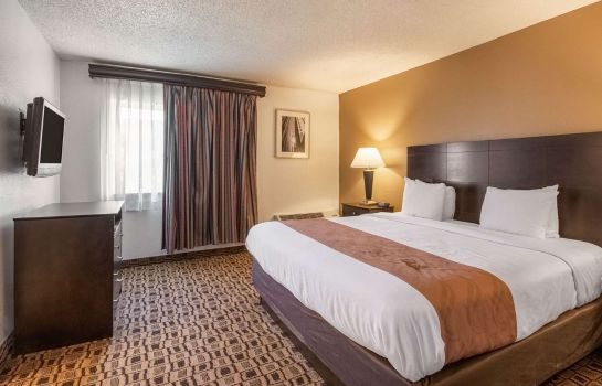Double room (superior) Quality Suites Wichita