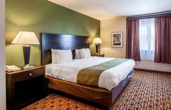 Room Quality Suites Wichita