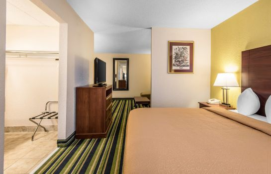 Zimmer Quality Suites Kansas City International