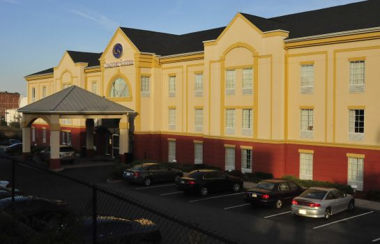 Exterior view Comfort Suites Newark - Harrison