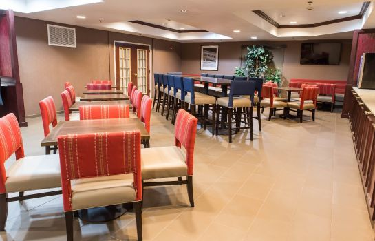Restaurant Comfort Suites Newark - Harrison