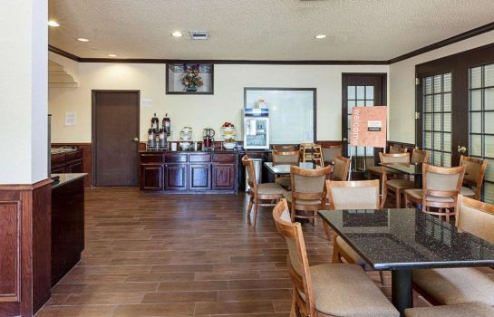 Restaurant Comfort Suites Airport North