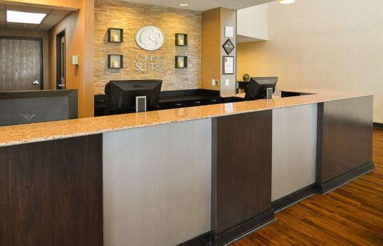 Hall Comfort Suites DFW Airport