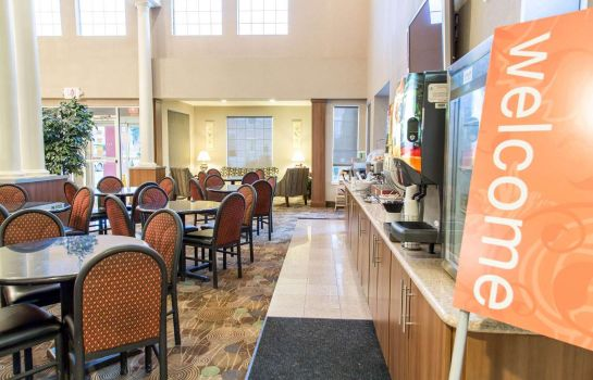 Restaurant Comfort Suites North Fossil Creek