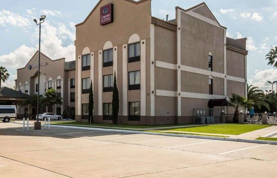 Exterior view Comfort Suites Stafford Near Sugarland