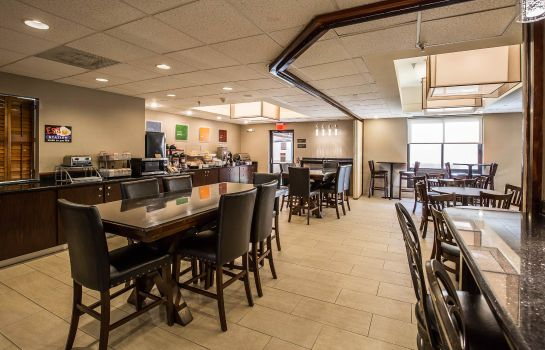 Restaurant Comfort Suites Stafford Near Sugarland