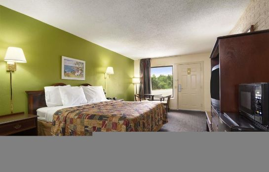 Camera DAYS INN - HARDEEVILLE - 2642