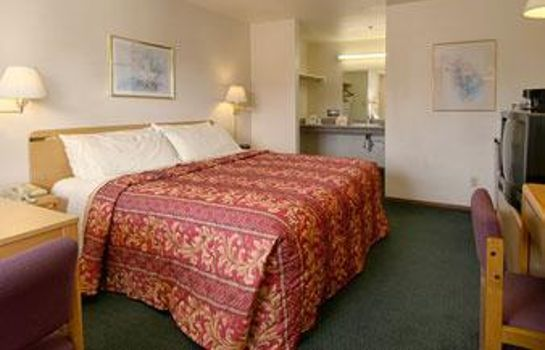 Zimmer DAYS INN SALINAS AIRPORT