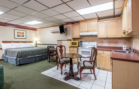 Suite DAYS INN PITTSBURGH