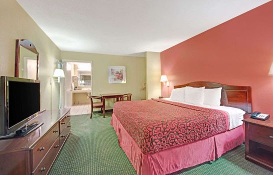 Suite DAYS INN SAN ANTONIO FIESTA