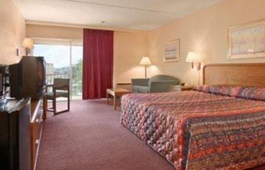 Suite Days Inn by Wyndham Colorado Springs/Garden of the Gods