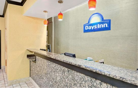 Hotelhalle Days Inn by Wyndham Charlotte Northlake
