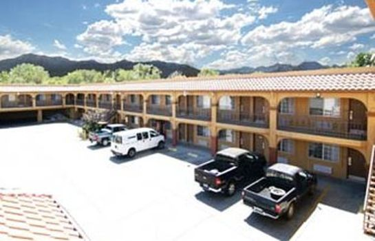 Exterior view DAYS INN BISHOP