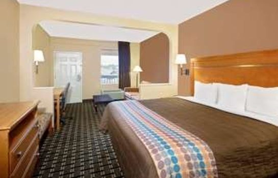 Zimmer DAYS INN COLUMBUS