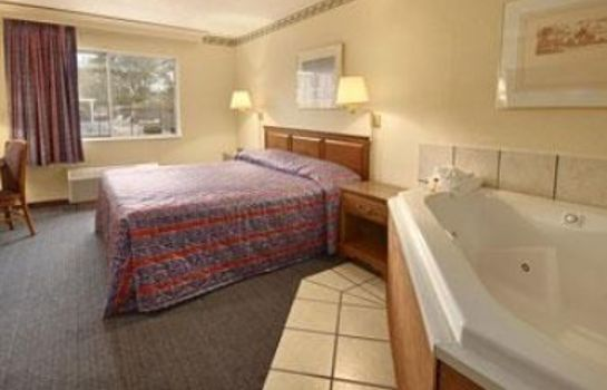 Suite DAYS INN COLUMBUS NORTH
