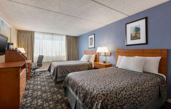 Habitación Days Inn by Wyndham Miami International Airport