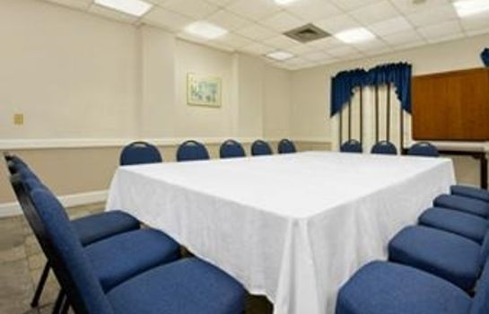 Conference room DAYS INN CHARLESTON HIST DIST.