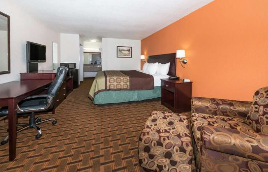 Zimmer Days Inn by Wyndham Amarillo - Medical Center