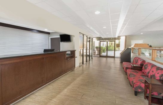 Lobby DAYS INN BY WYNDHAM MYRTLE BEA