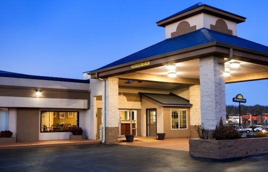 Vista esterna Days Inn by Wyndham Cookeville