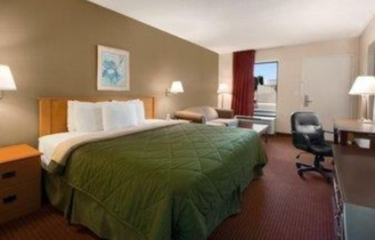 Suite Days Inn by Wyndham Cookeville