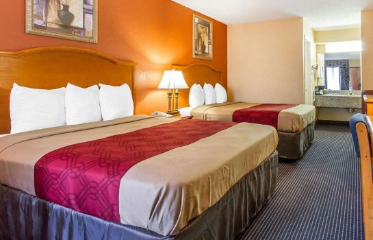 Kamers Econo Lodge Inn & Suites Evergreen