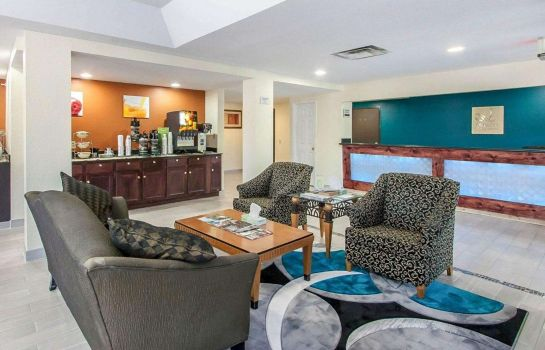 Hol hotelowy Quality Inn & Suites Centerville