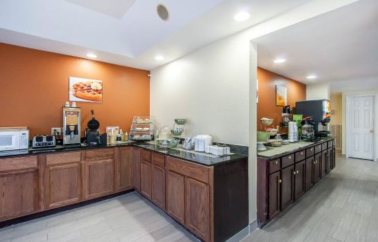 Restaurant Quality Inn and Suites Centerville
