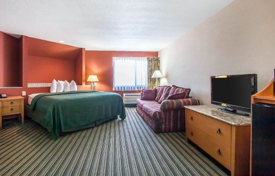 Suite Quality Inn and Suites Centerville
