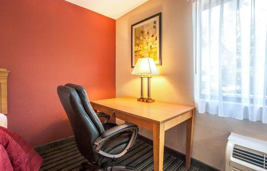 Zimmer Quality Inn & Suites Centerville