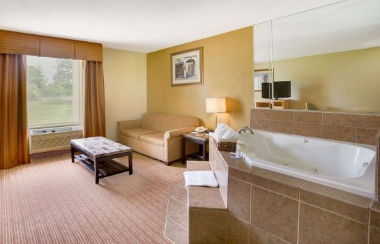 Suite Baymont by Wyndham Charlotte Airport / I-85 North