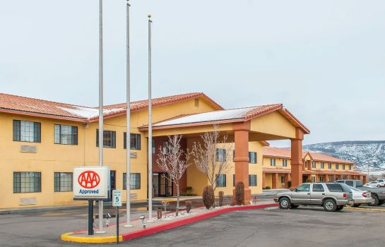 Vista exterior Quality Inn and Suites Grants