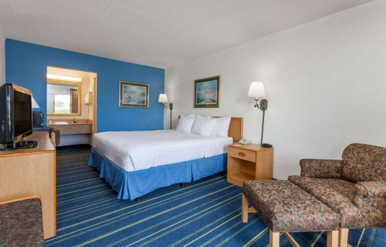 Room DAYS INN WEST PALM BEACH