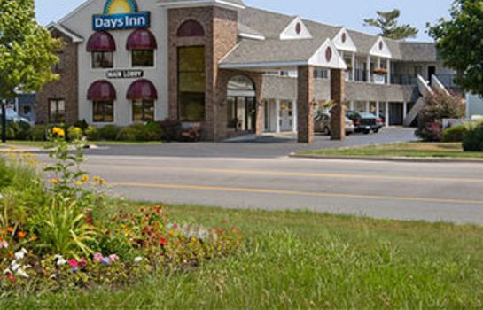 Vista esterna DAYS INN MACKINAW CITY