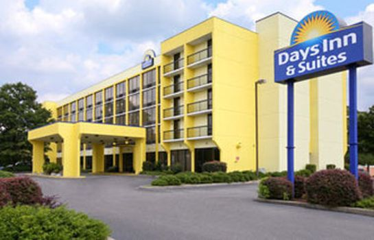 Außenansicht DAYS INN & SUITES SE COLUMBIA