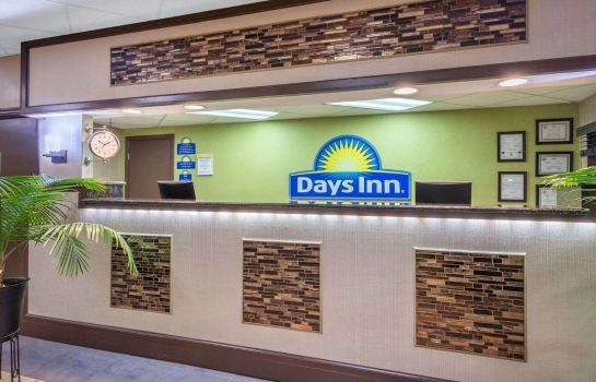 Hotelhalle DAYS INN KNOXVILLE EAST-CHILHO