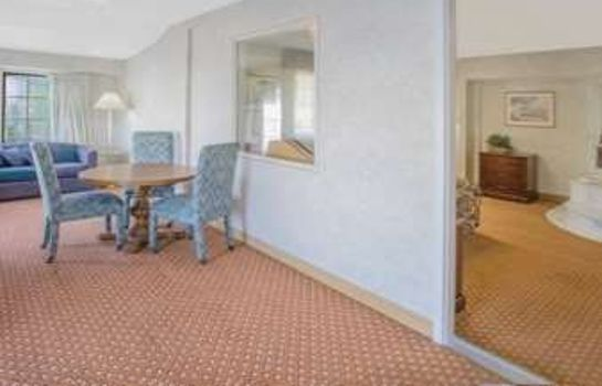 Suite DAYS INN PORT HURON