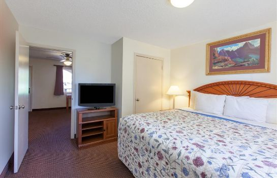 Suite DAYS INN SEDONA - 7945