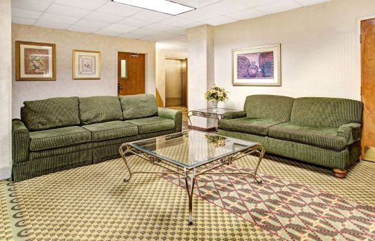 Hol hotelowy DAYS INN SUITES DENVER INTL