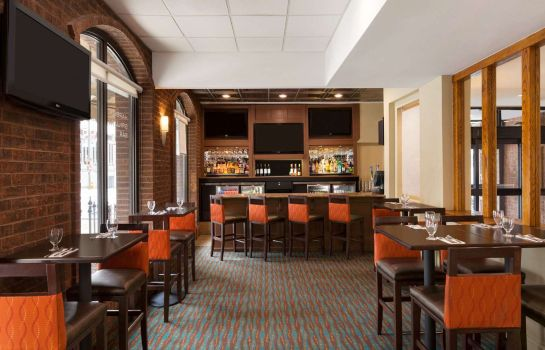 Hotelbar Days Inn by Wyndham Baltimore Inner Harbor
