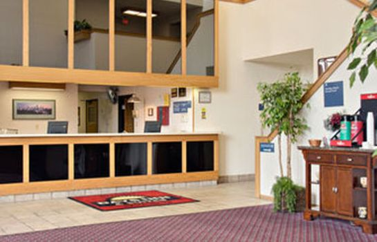 Buitenaanzicht DAYS INN AND SUITES INDIANAPOL